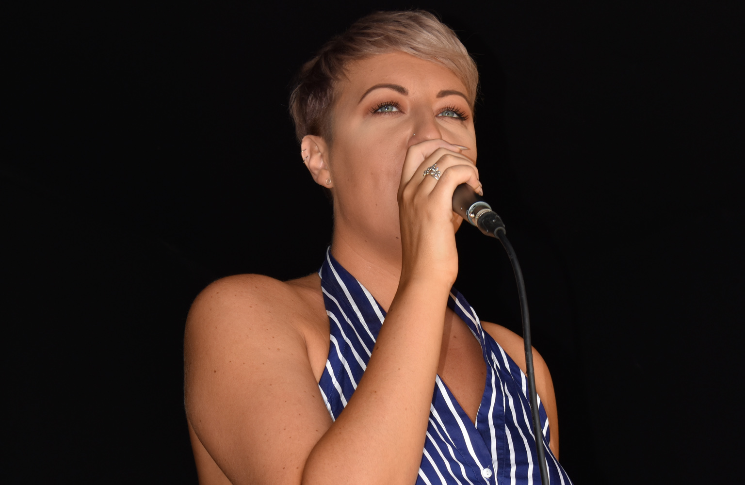 Meet Roxy - professional singer, proud Essex native and Potters' resident vocalist