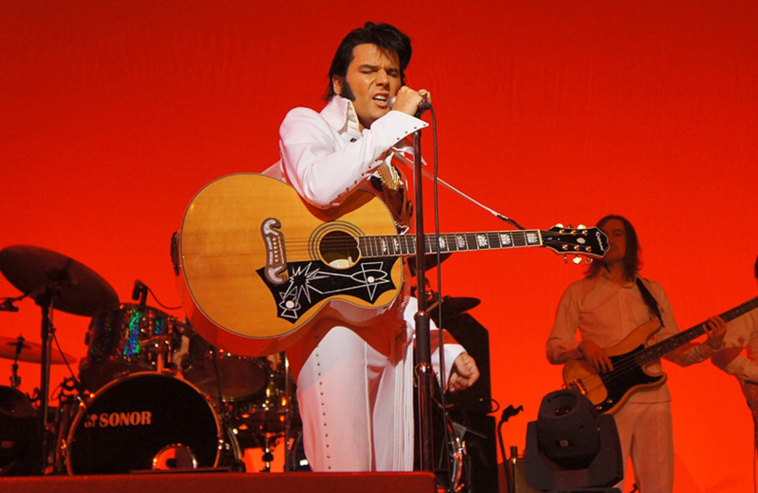 The wonder of The World Famous Elvis Show…