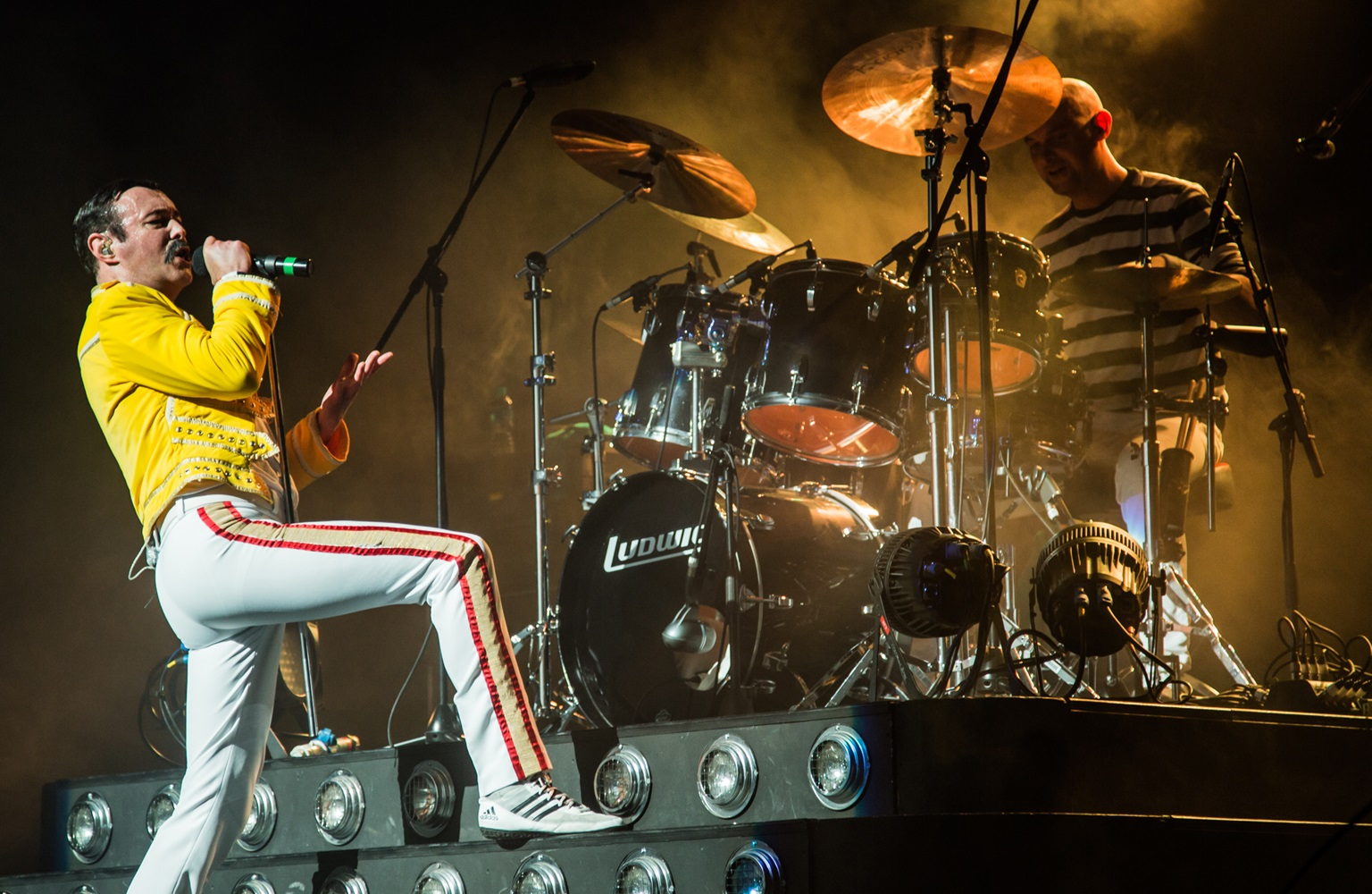 Gary Mullen will Rock You as Freddie Mercury