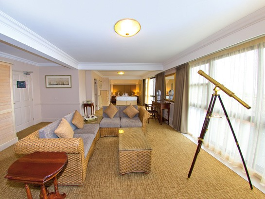 Hotel Penthouse Suite